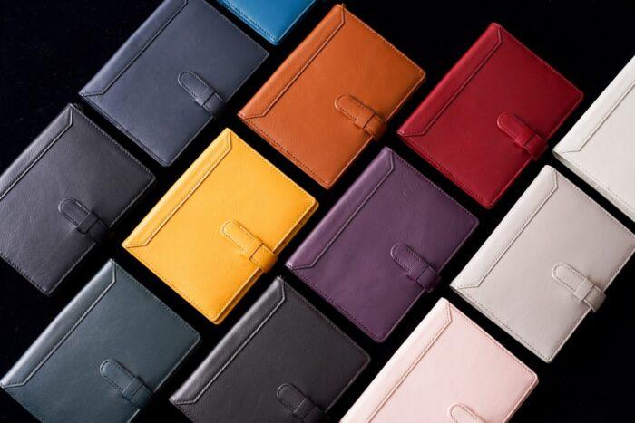 13色の手帳カバー🎵